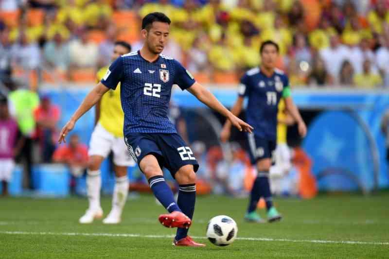 「来た時よりも美しく」…吉田麻也、日本人サポーターのゴミ拾いに感銘 | サッカーキング