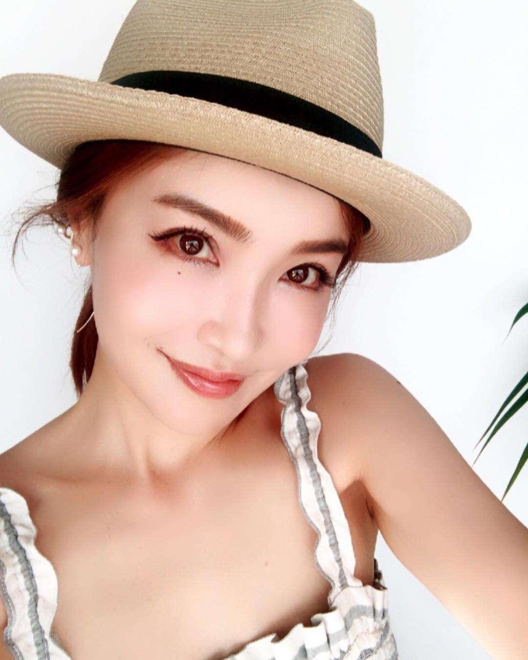 平子理沙、「美魔女の存在感がすごい!」何気なく撮った写真が称賛の嵐