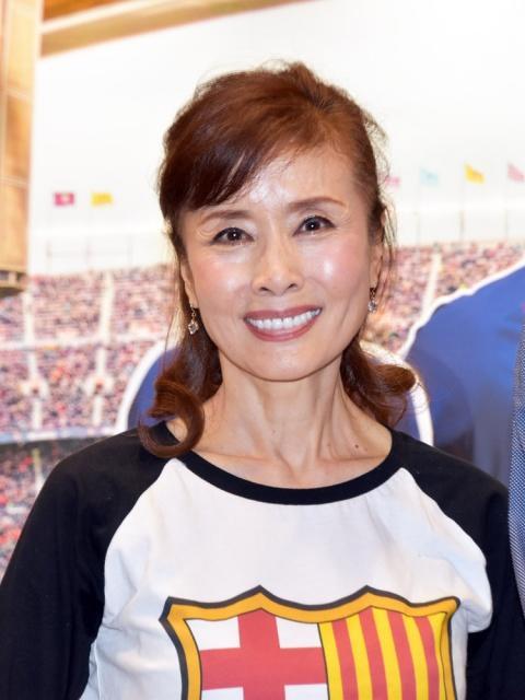 小柳ルミ子、66歳の誕生会で感激&すっぴん披露で「本当にお綺麗」「いつも美しい」の声