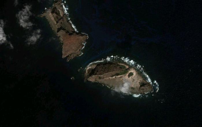 尖閣周辺に中国船海警局の船4隻 7日連続 - Sputnik 日本