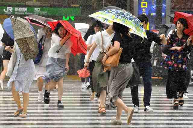 深夜から未明に東海地方上陸か 異例台風、通過後も注意(朝日新聞デジタル) - Yahoo!ニュース