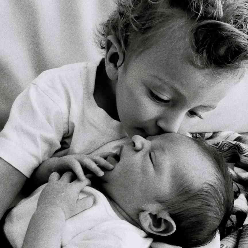 キャンディス・スワンポール、産後12日のビキニ姿を批判され一喝「むしろ誇りに思う」