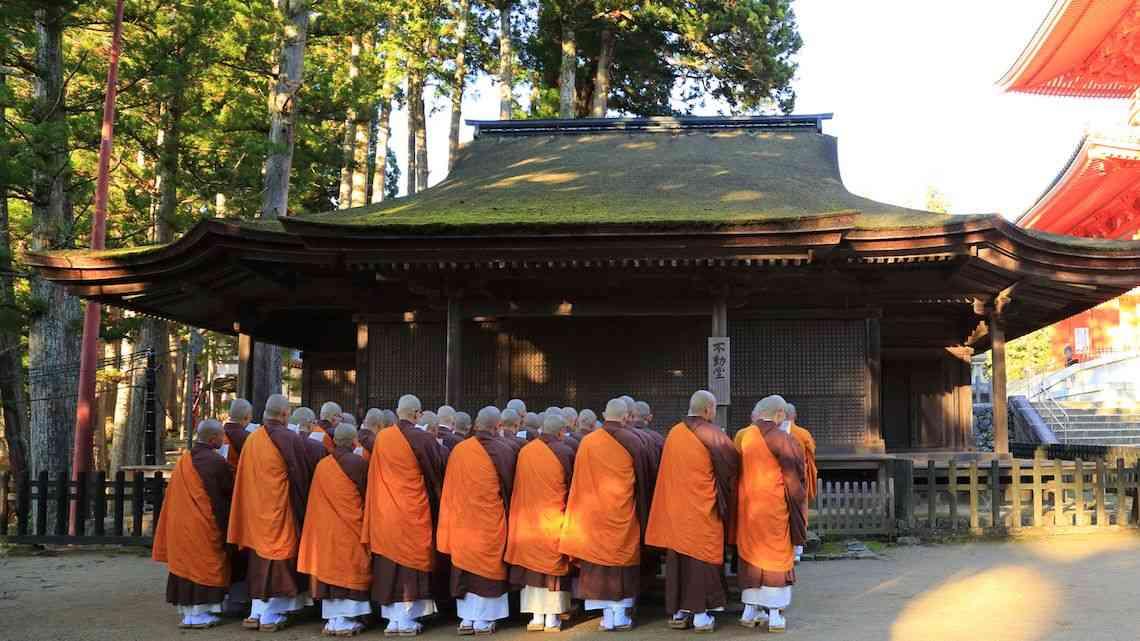 高野山、「外国人観光客への辛口対応」の是非 | ニューズウィーク日本版 | 東洋経済オンライン | 経済ニュースの新基準