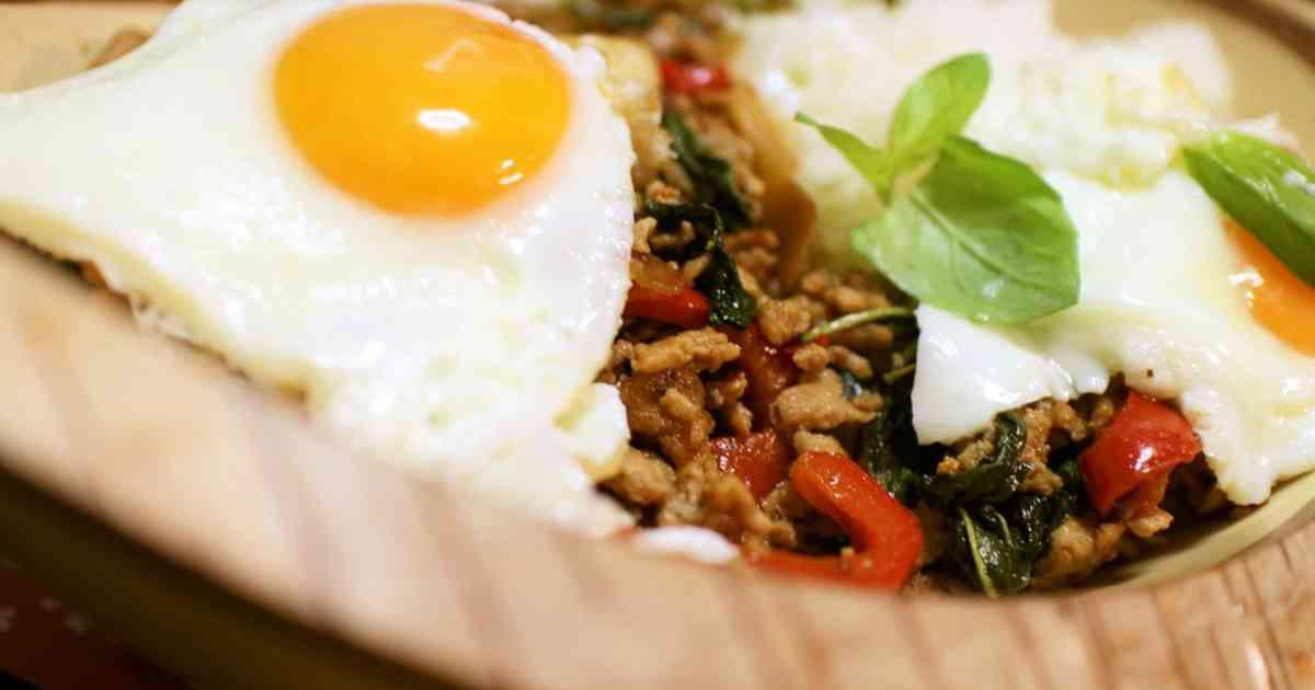 ガパオ★鶏挽肉のバジル炒めごはん by satorepi 【クックパッド】 簡単おいしいみんなのレシピが294万品