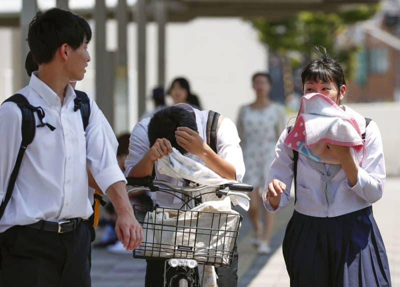 文科省、夏休みの延長検討を通知 熱中症対策で、都道府県教委に - 共同通信