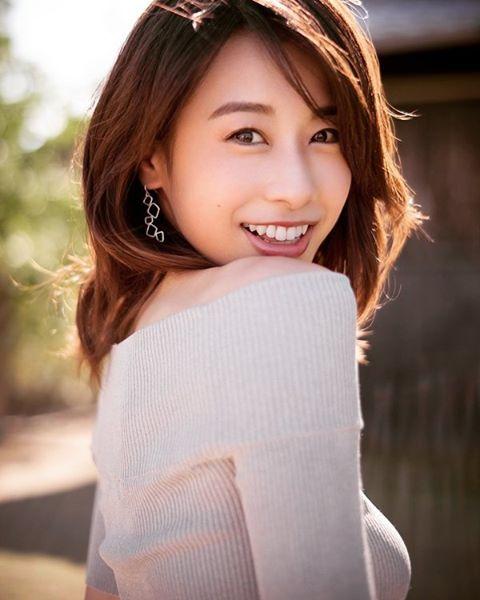 加藤綾子、インスタ開設 初投稿に「美しい」の声