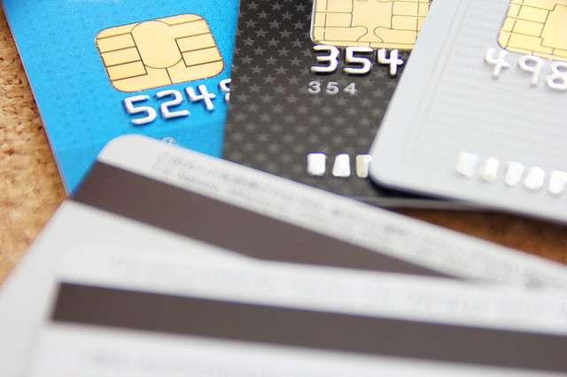 「PCデポ」店員が客のクレジットカードを不正利用? 過去に店員が投稿 - ライブドアニュース