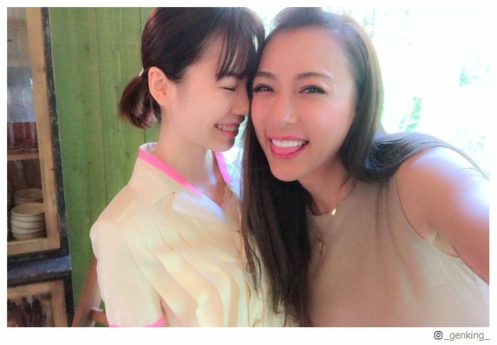 GENKING&島崎遥香の密着2ショットに「可愛すぎ」「癒やされる」と反響 - モデルプレス