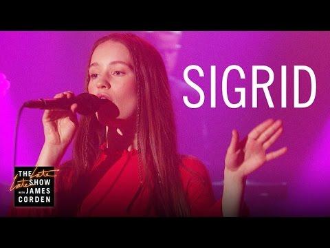 Sigrid: Don't Kill My Vibe (Apple Music Up Next) - YouTube