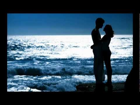 Peabo Bryson & Roberta Flack - Tonight I celebrate my love - YouTube