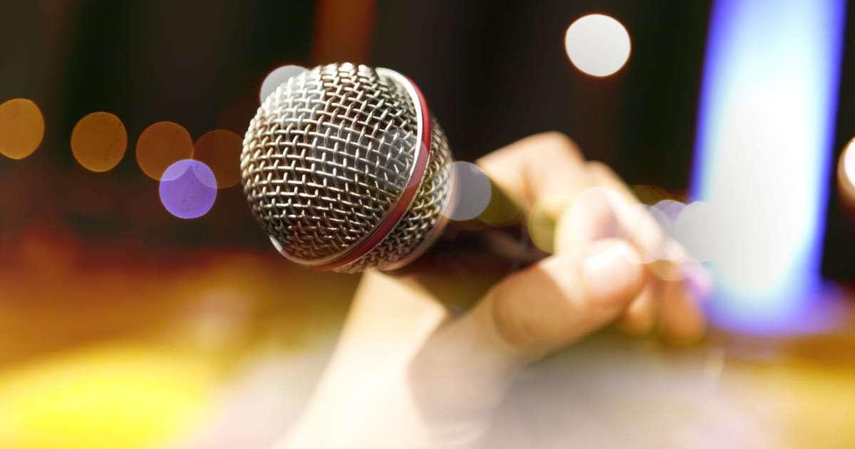 カラオケで「自分が歌っているときにされて」悲しかった行動3選 – しらべぇ | 気になるアレを大調査ニュース!
