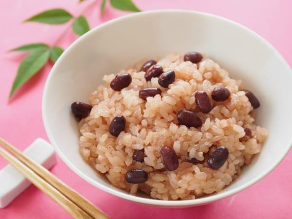 北海道のお赤飯はしょっぱくない? 甘納豆を使った甘い赤飯が話題