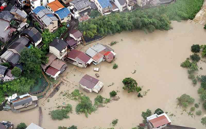 7月の西日本豪雨「200年以上に1度」の雨量記録 広島101地点で