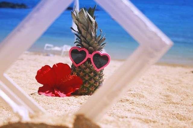 若者が海に行く理由2位「インスタにあげるため」 夏デートに「誘われたい」男子は3人に1人