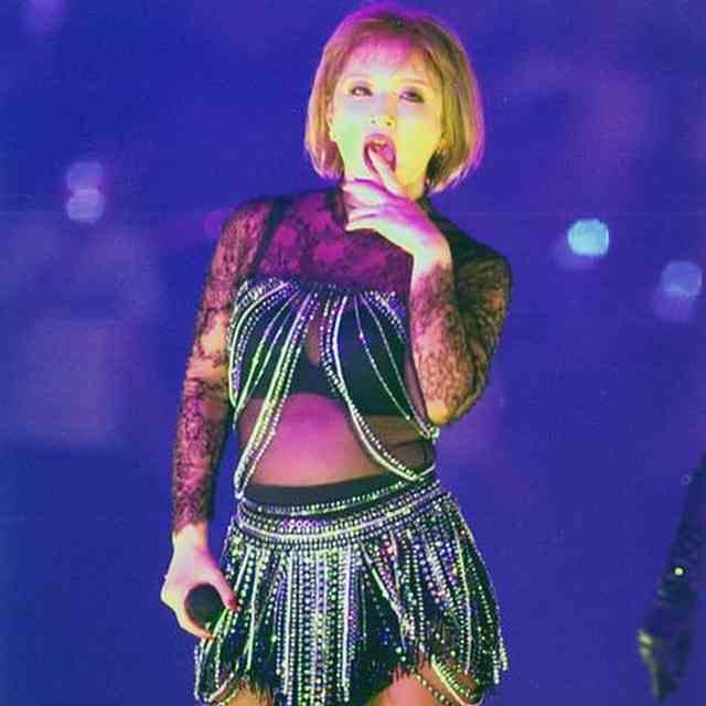 浜崎あゆみ、新アルバム『TROUBLE』CMを公開も、露骨すぎるパクりに安室奈美恵ファン大激怒!