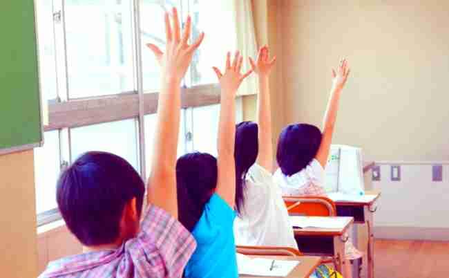 猛暑でも「水筒ダメ」。なぜ小学校の多くは校則を改めないのか? - まぐまぐニュース!