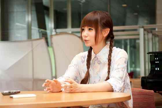 中川翔子『ドラクエはオンラインではなく一人でやるもの』発言がネットで波紋