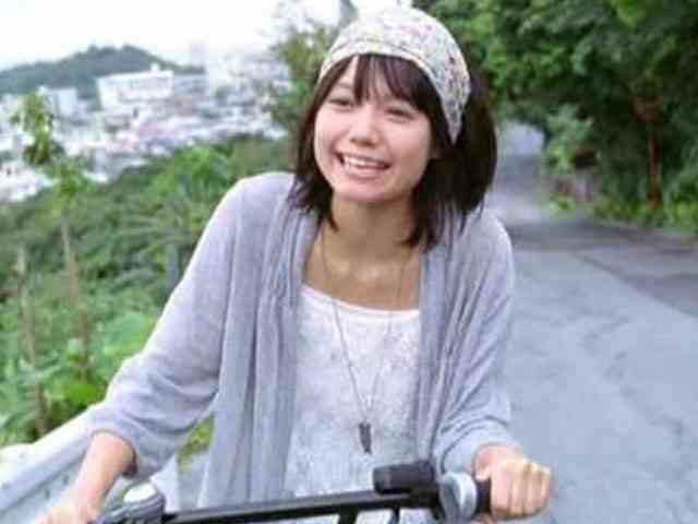 宮崎あおい1日動物になるなら「鳥がいい。飛びたい」…映画「きいろいゾウ」大ヒット記念舞台あいさつ