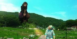 実写映画『魔女の宅急便』空飛ぶキキの笑顔に胸キュン!待望の新画像が到着
