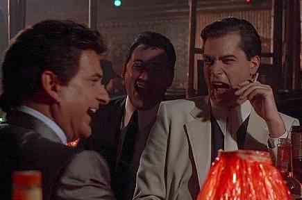 仕事関係の飲み会だと旦那さんの帰宅時間は何時くらいですか?