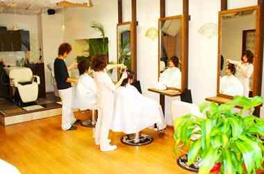 初めて行く美容院、何を基準に選んでますか