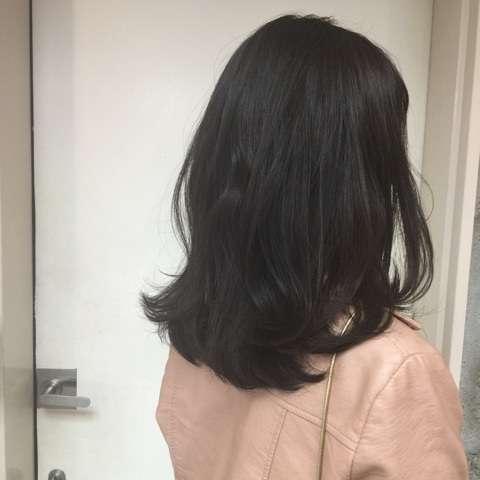 髪の毛は何色がモテますか?