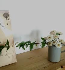 お部屋に素敵なお花を飾りたい!
