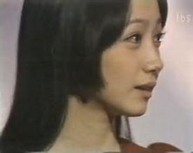 """益若つばさ、初めての""""姫カット""""にカワイイの嵐「どんな髪型でも似合う」「ガチの姫やん」"""