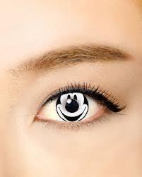 「裸眼はすっぴん」女子大生がカラコンをする理由