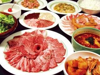 焼き肉食べ放題で必ず食べるものは?