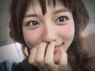 """""""天使""""川口春奈のウェディングドレス姿に絶賛"""