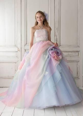 【結婚式】カラードレスどんなの着ましたか?