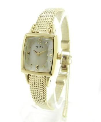 腕時計は革ベルト派?金属派?