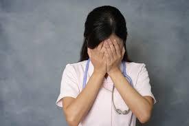 女子中高生が将来就きたい仕事1位「医療・福祉」働く上では「休暇制度」を重視
