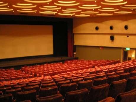 何歳から映画館つれていきましたか?