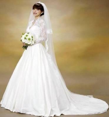 石川梨華結婚パーティー、豪華モー娘。OG集結で「ハピサマ」披露 辻希美「私まで溢れんばかりの涙」