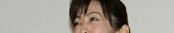 斉藤由貴 W不倫で活動自粛後、4カ月ぶり公の場で笑顔