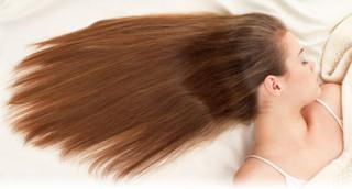寝る時の髪型