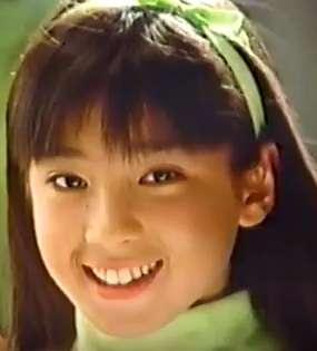 藤田ニコル、ピンクの久々ド派手ヘア「お人形さんみたい」「美少女」と絶賛の声殺到