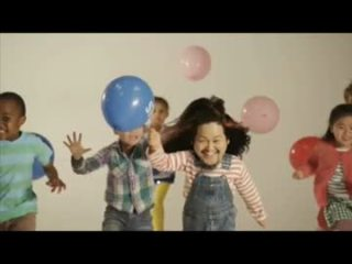 """マキシマムザ亮君、新1年生の次男へ自作の""""ファンキーなランドセル""""贈る"""