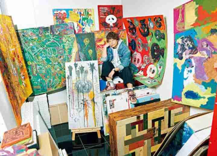 香取慎吾、パリ・ルーブル美術館で初の個展「僕のアート脳が爆発しています」