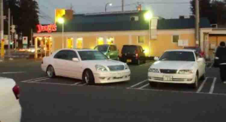 駐車場あるある