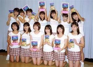 乃木坂46の衣装を貼っていくトピ