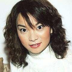 保田圭、息子の離乳食デビューに祝福の声、SNSで広がる「ママたちの輪」