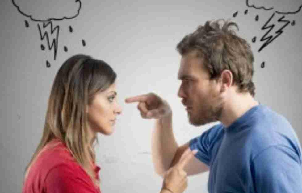 結婚してもずっとラブラブの人と冷める人の違いは?