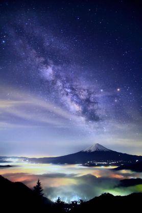 七夕なので星空や天体、七夕飾りを貼るよ!