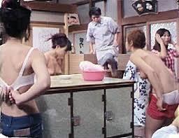 家族と見て気まずくなったドラマ、バラエティ番組
