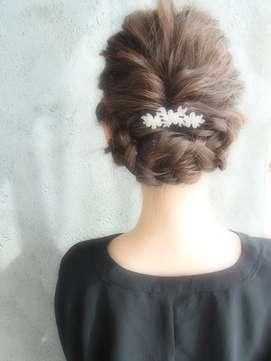 結婚式お呼ばれヘア 【セミロング】