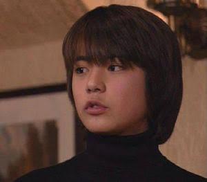 「美男美女姉弟」「そっくり」山田孝之、姉たちとの2ショットに反響