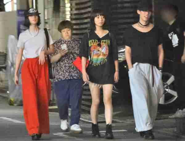 近藤春菜と吉高由里子は本当に「親友」? 全おごりの「非女」扱いなのに…